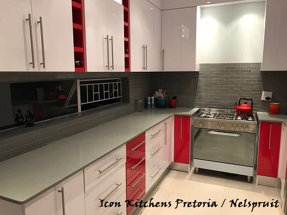 Kitchen_High_Gloss_PG_Bison_Iceberg_White_with_red