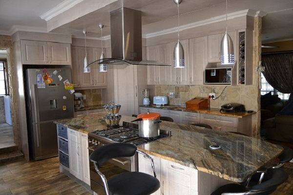 kitchen designs pretoria exclusive kitchens flooring and blinds home improvements 1526